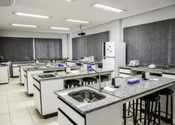 Laboratório de Medicina Veterinária na Universidade Feevale