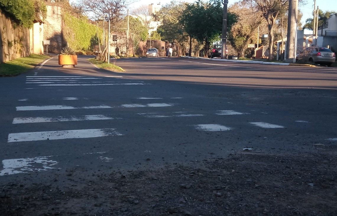 Av. Willy Reichert esquina com a Avenida Arnildo Paz, no bairro dos Gringos