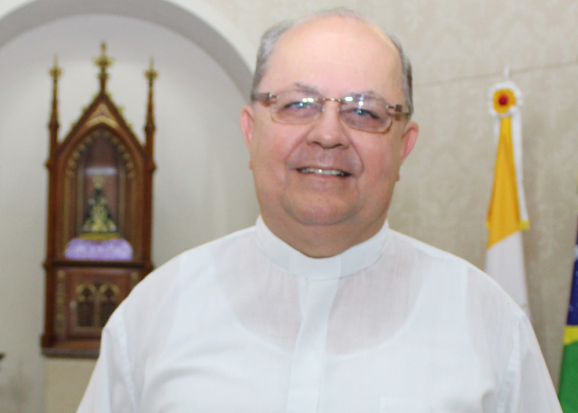 Padre Airton, da Sagrado  Coração de Jesus, em Sapiranga