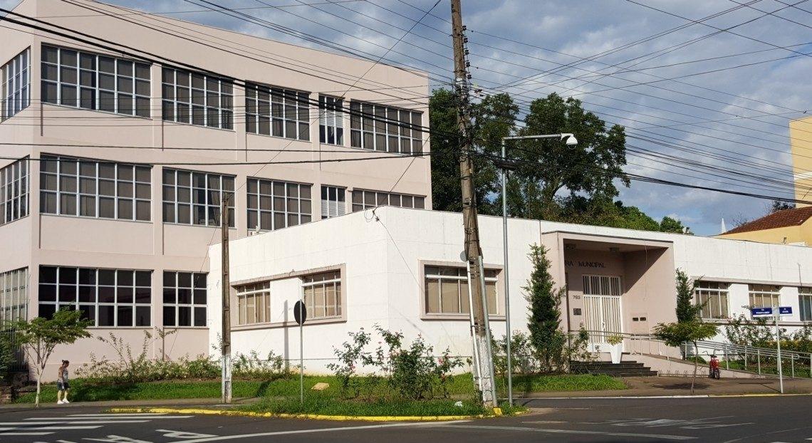 Atual prédio da Prefeitura de Sapiranga será ampliado e licitação ocorrerá em 12 de agosto Foto: Arquivo/JR
