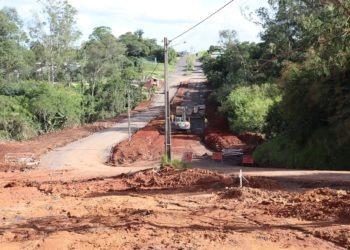 Avenida em obras no sentido Rua Waldenir Ethur Faccini Fotos: Jonas Soares.