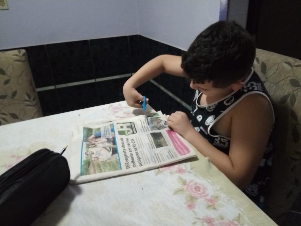 Jornal Repercussão serve de apoio no ensino dos alunos - Foto: Arquivo pessoal.