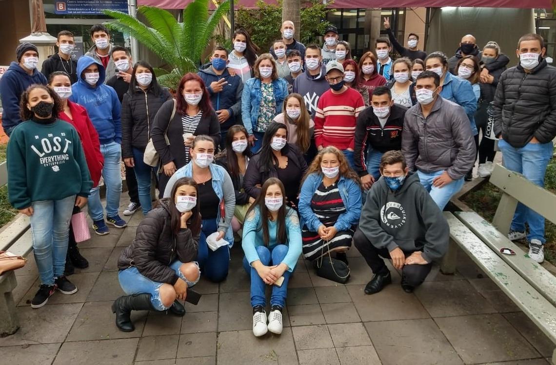 Grupo que participou da recente doação  Fotos: Divulgaçãof