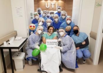 Iara Teresinha Martins da Rocha, de 61 anos e moradora de Araricá, passou 52 dias na UTI do Hospital Sapiranga Foto: Hospital Sapiranga