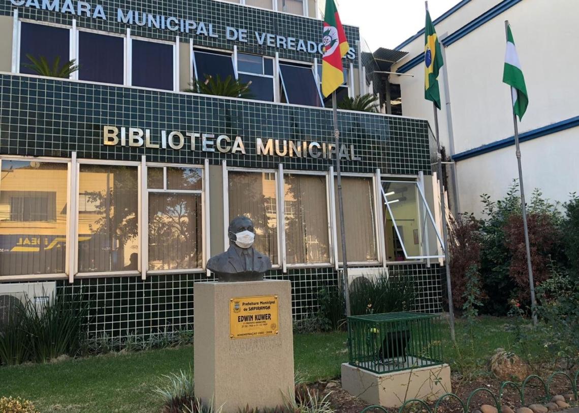 Biblioteca segue fechada de acordo com determinação estadual Foto: Caroline Waschburger
