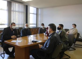 Membros do GGIM reunidos para traçar estratégias Foto: Jordana Fioravanti/PMCB