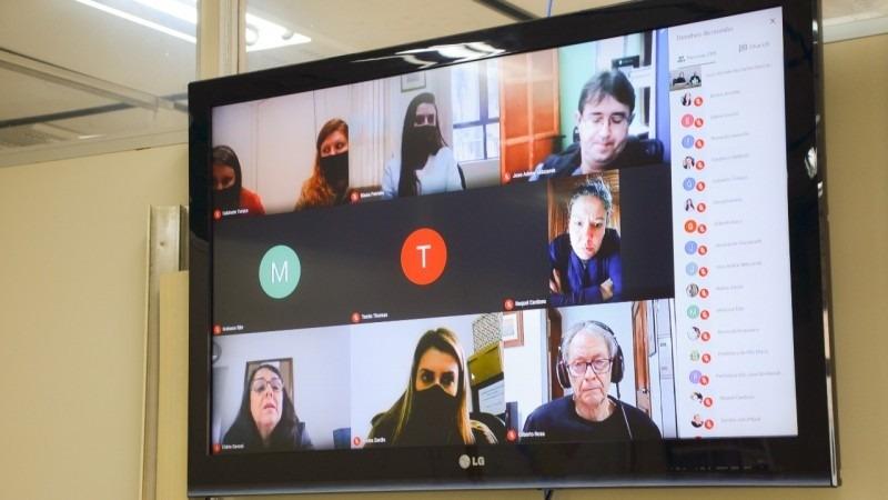 Na primeira reunião virtual, participaram representantes de 30 prefeituras - Foto: Isabela Aguiar / SOP