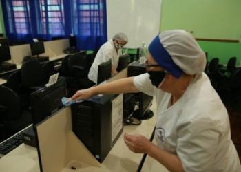 Salas de aula e laboratórios terão que ser higienizados para retomada das aulas  Fotos: PMCB