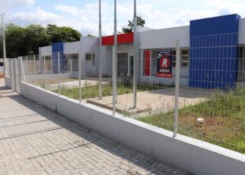 Escola do bairro Centenário, na Rua Afonso Lauer, aguarda por nova licitação Foto: Arquivo/JR