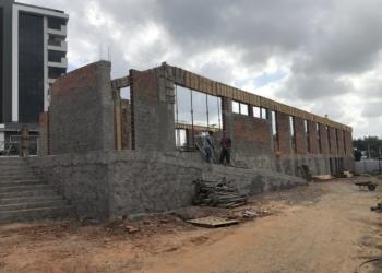 Centro Vida de Especialidades em construção, na esquina da rua Aimoré com Av. dos Estados Fotos: Fernando Bertotto