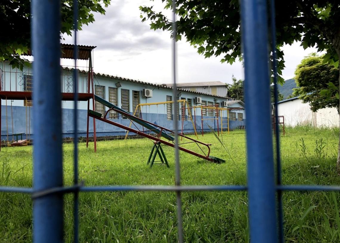 Escolas, fechadas desde março, no início da pandemia no país, se organizam para retomar as atividades com segurança Fotos: Henrique Ternus