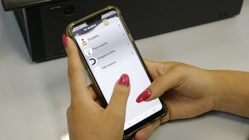 PC Alerta! Primeiro aplicativo lançado pela Polícia Civil traz alertas sobre golpes e ensina a não cair no conto do vigário Foto: Divulgação/PC-RS