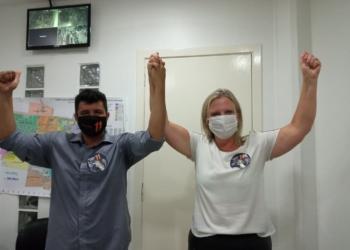 Carina e Adriano comemorando a vitória (Foto Melissa Costa)