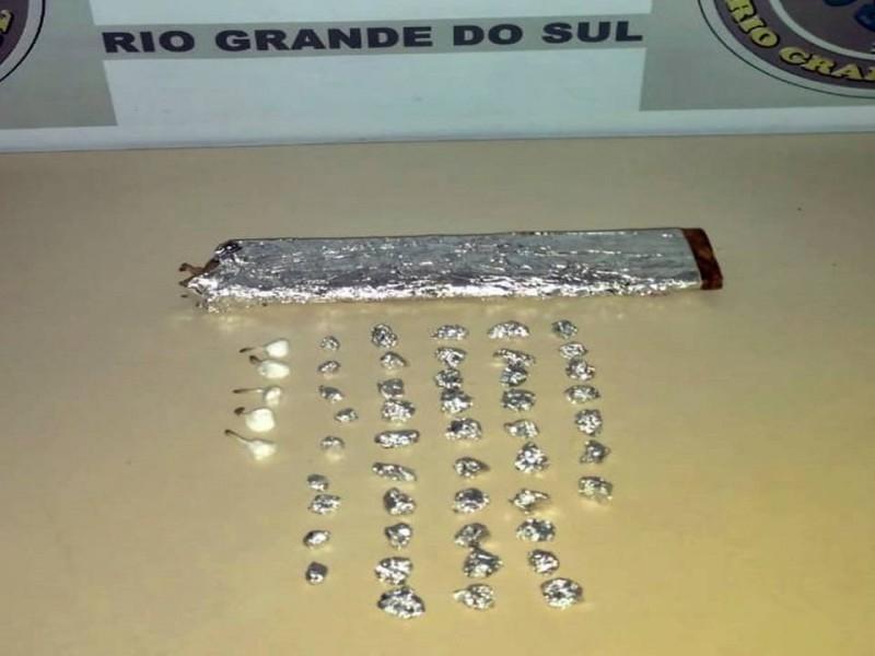 Droga apreendida pelos policiais (Foto: Brigada Militar)