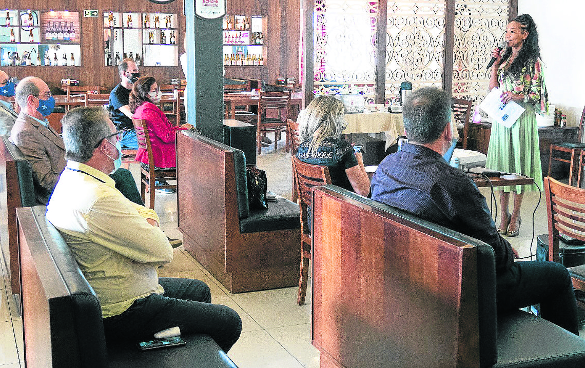 Prefeitos da AMVARS reunidos na apresentação do Plano de Turismo Foto: Reprodução/AMVARS