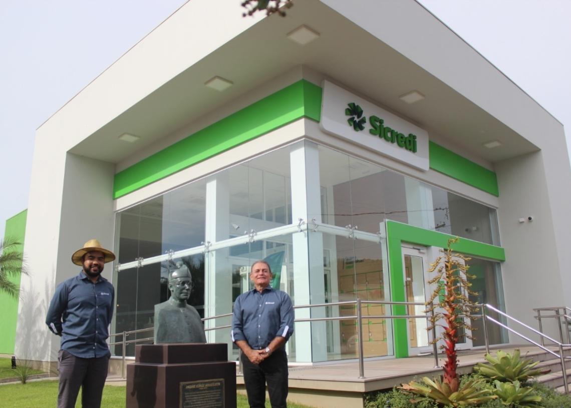 Presidente da Sicredi Nordeste RS, Celso Trentin (à direita) e Richard realizaram a live nesta manhã (Foto: Melissa Costa)