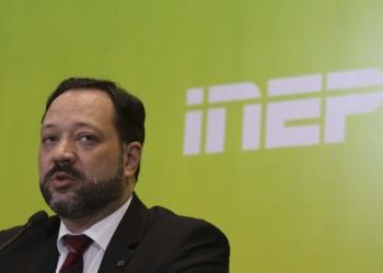 O presidente do Inep, Alexandre Lopes,participa da entrevista coletiva sobre o segundo dia de provas do Enem