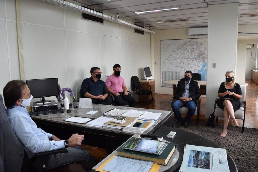 Reunião aconteceu na manhã desta quarta-feira (Foto: Departamento de Comunicação)