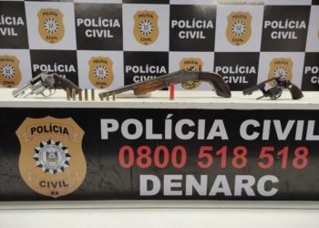 Armas apreendidas (Foto: Denarc)