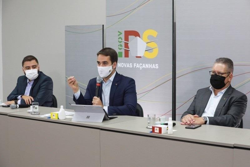 """""""Precisamos continuar fazendo reformas e discutir medidas de ajuste fiscal para que as contas guardem equilíbrio"""", disse Leite - Foto: Itamar Aguiar / Palácio Piratini"""
