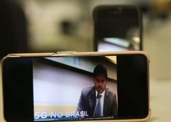 O ministro das Comunicações, Fábio Faria,concede entrevista coletiva na sede da Anatel,  sobre o edital de licitação para a implantação da tecnologia 5G no país.