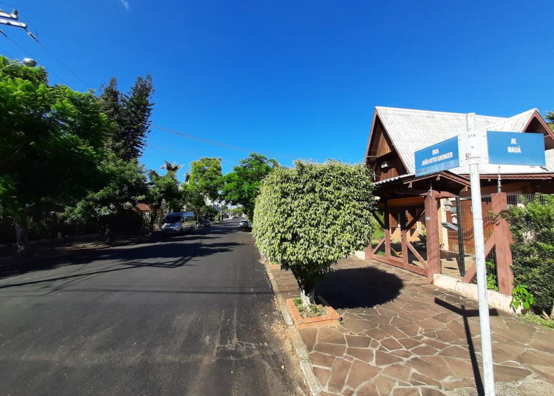 Rua, que faz esquina com a recém asfaltada Av. Mauá, era pedido antigo dos moradores - Fotos: Henrique Ternus