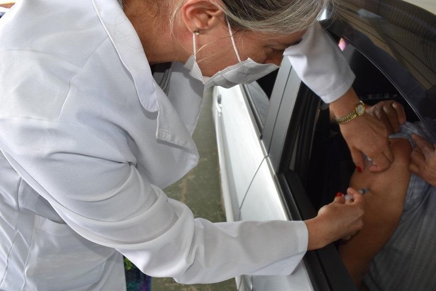 Idosos sendo imunizados em Sapiranga Foto: Departamento de Comunicação