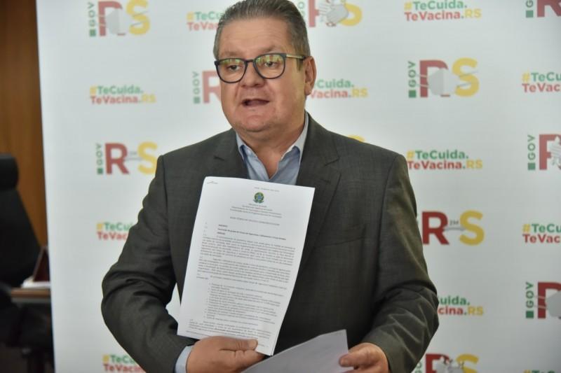 Vice Ranolfo apresenta nota técnica do Ministério da Saúde com aval para priorizar vacinação dos operadores da segurança pública - Foto: Rodrigo Ziebell / GVG