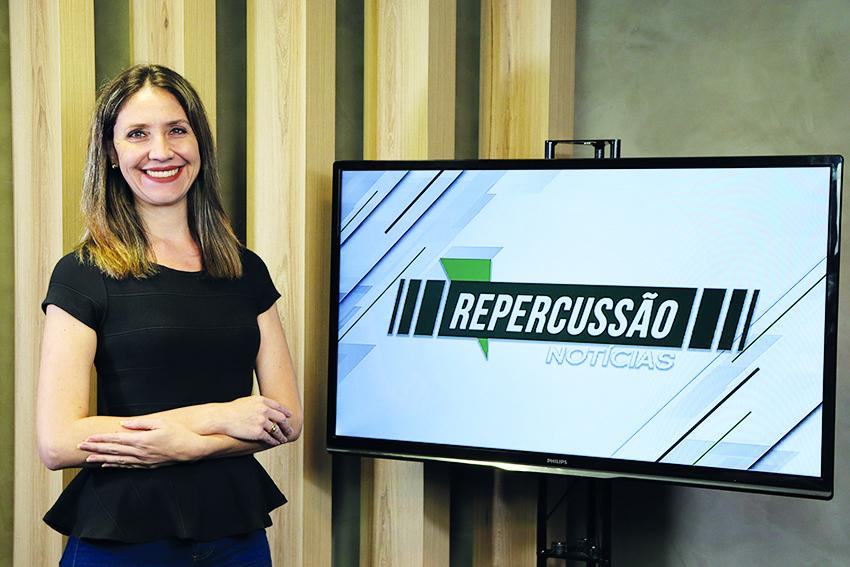 Jornalista Ana Carolina Siebel, apresentadora do Repercussão Notícias (Foto: JR)