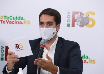 Governador Leite detalhou os recursos recebidos e utilizados pelo RS durante a pandemia - Foto: Itamar Aguiar/Palácio Piratini