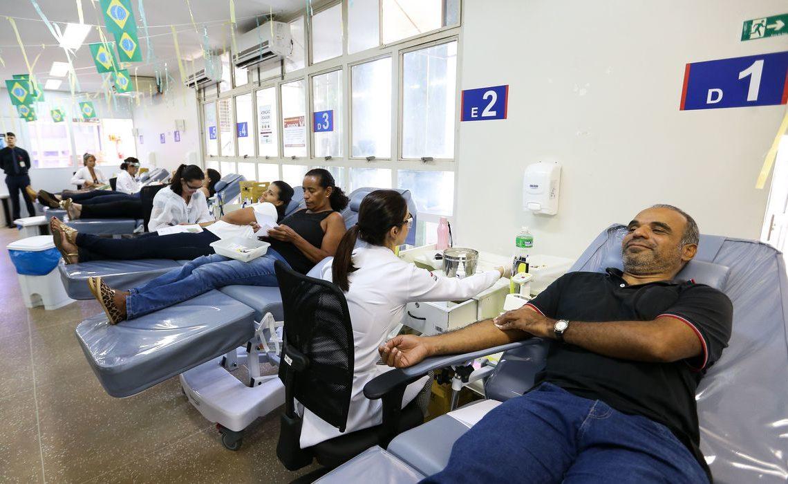 Para marcar o Dia Mundial do Doador de Sangue, Ministério da Saúde lança campanha de doação de sangue, no Hemocentro de Brasília - Foto: Marcelo Camargo/Agência Brasil