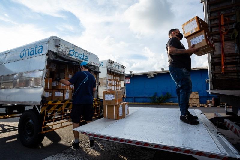 Os medicamentos chegaram ao Estado no sábado (17) - Foto: Felipe Dalla Valle/Palácio Piratini