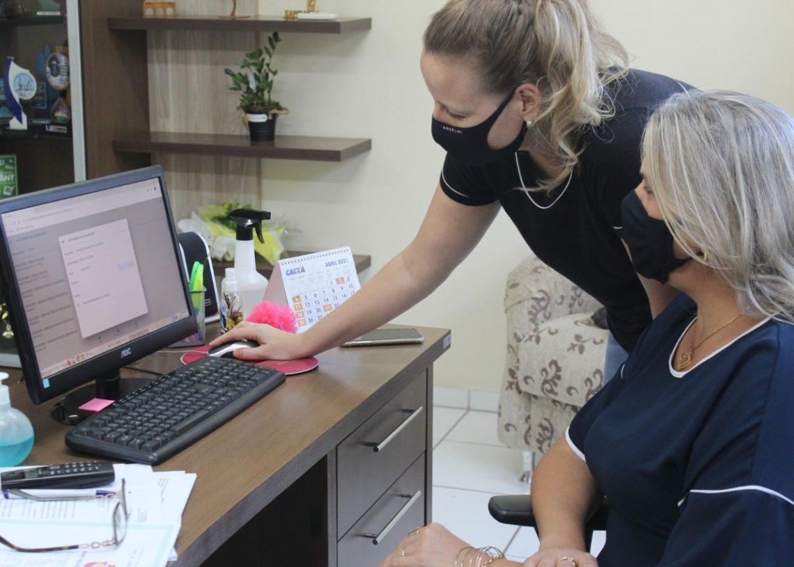 Secretária Cláudia e Aline destacam a importância do Nina (Foto: Melissa Costa)