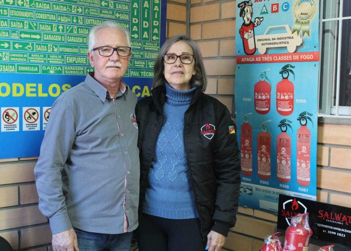 Celso e Joana Sauter são proprietários e fundadores  da Salwat Extintores, em Sapiranga