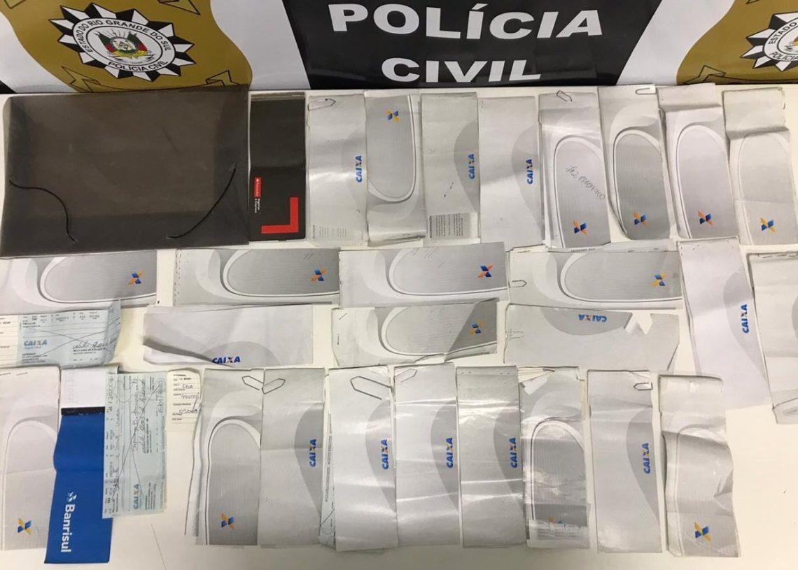 Cheques roubados foram recuperados (Foto: Polícia Civil)