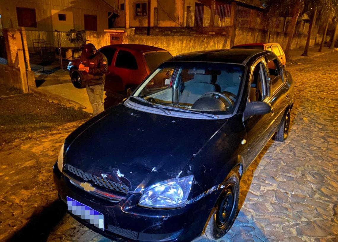 Veículo Classic foi apreendido pelos policiais na segunda-feira (Foto: Polícia Civil)