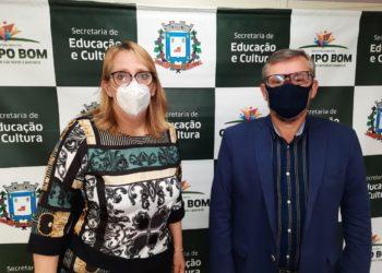Secretários Simone Schneider e Henrique Scholz