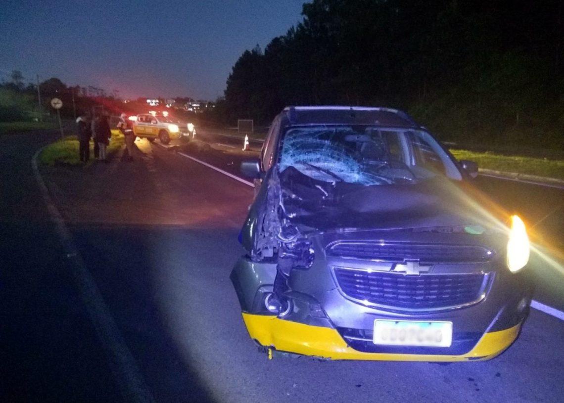 Veículo ficou com a frente destruída (Foto: Comando Rodoviário da Brigada Militar)